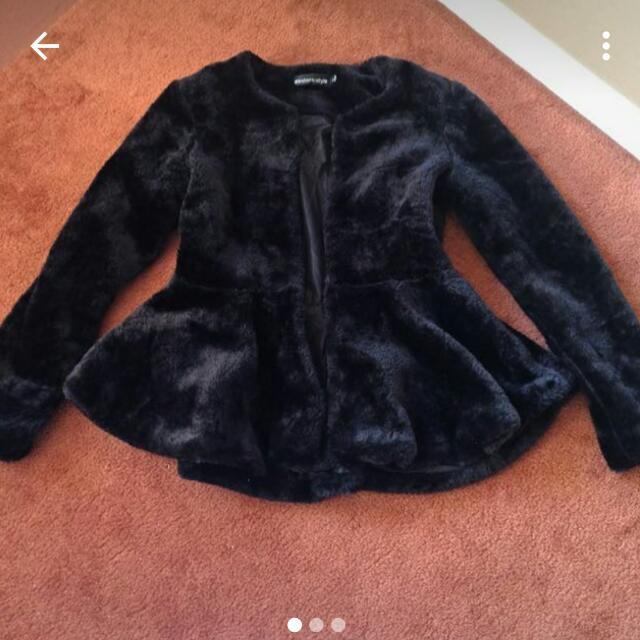 aritificial fur coat