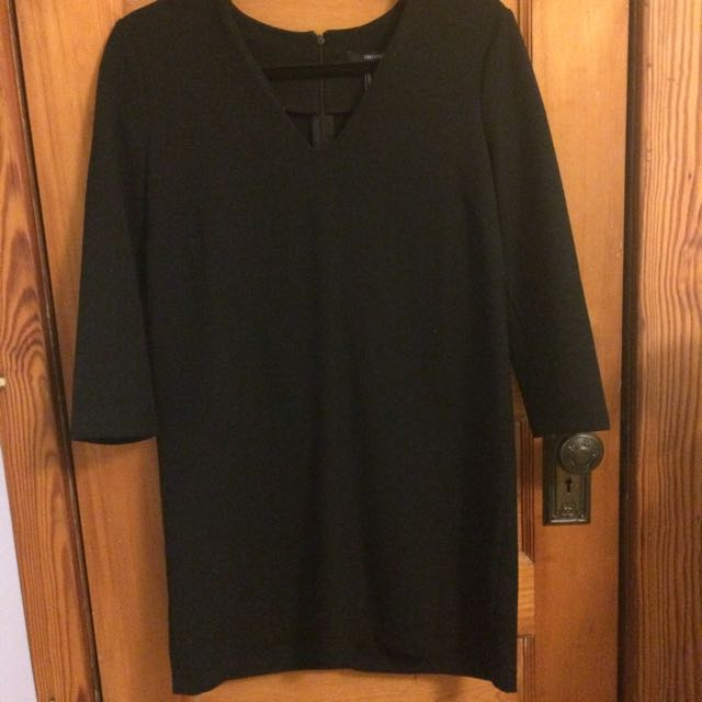 Black Dress With 3/4 Sleeves Size M