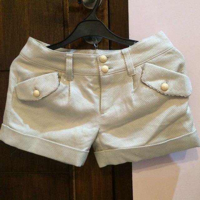 contempo short pants
