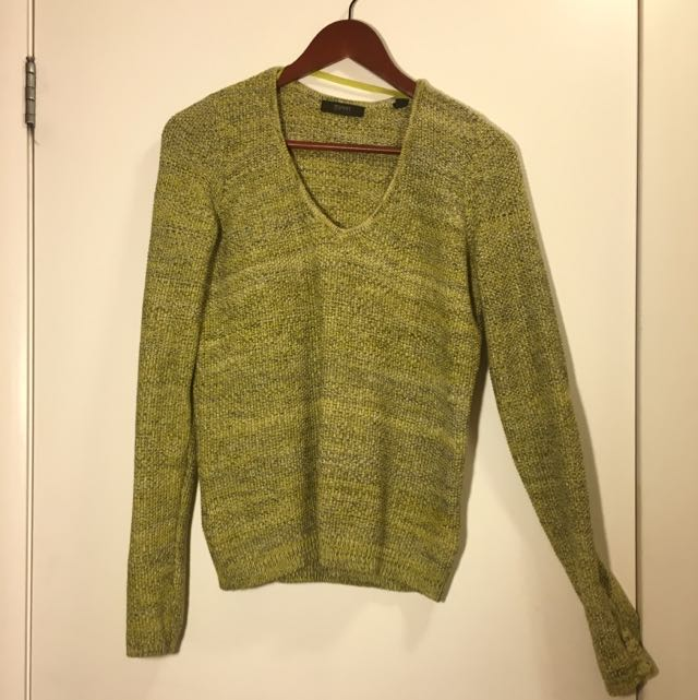 Esprit Sweater With Clips On Sleeves
