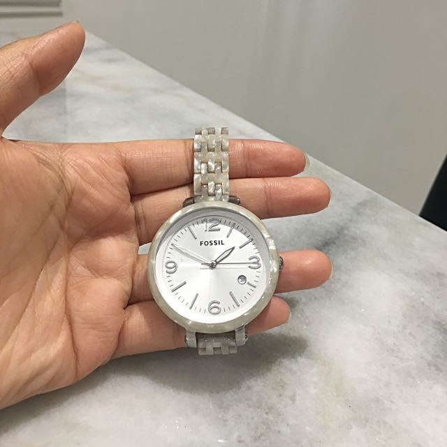 Fossil Watch With Pearl Chain