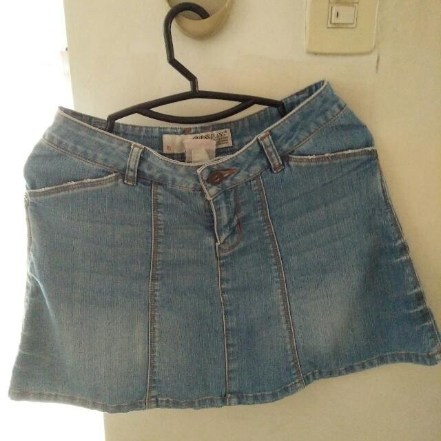 Guess mini skirt (original)