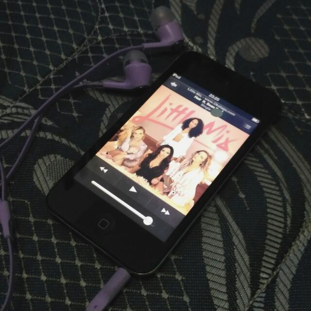 iPod Touch Gen 4 - 8GB