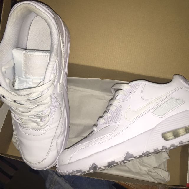 Nike Air Max triple white