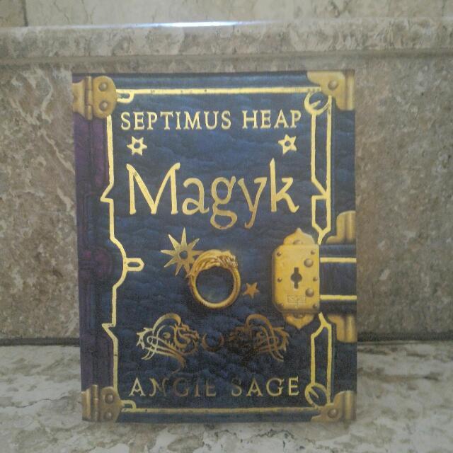 Novel Magyk