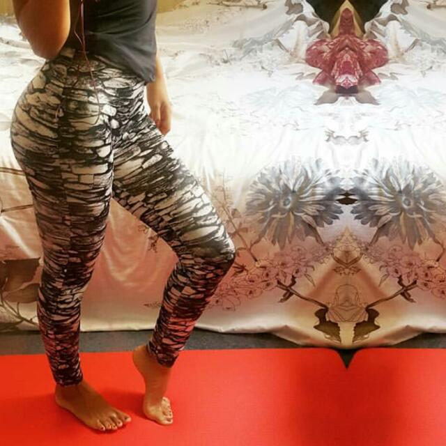 Printed Leggings Size S