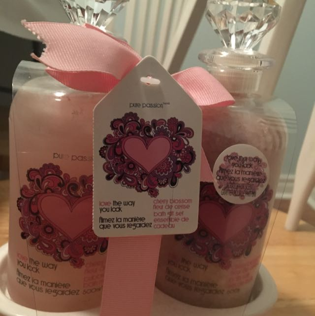Pure Passion Cherry Blossom Bath Giftset
