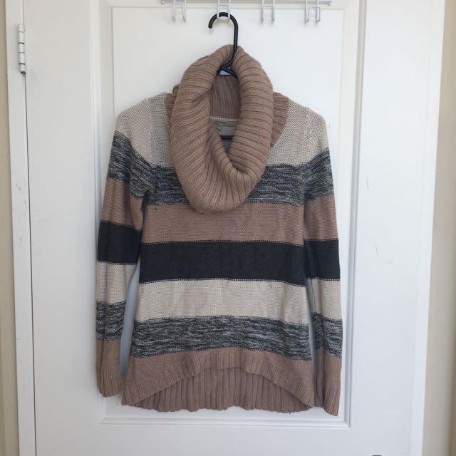 RW & CO Vowel Neck Sweater