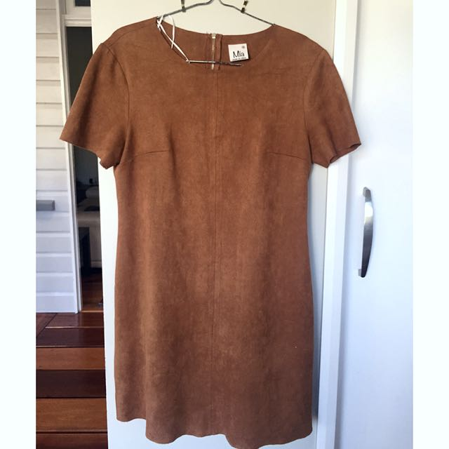 Size 8 Tan Polyester Dress