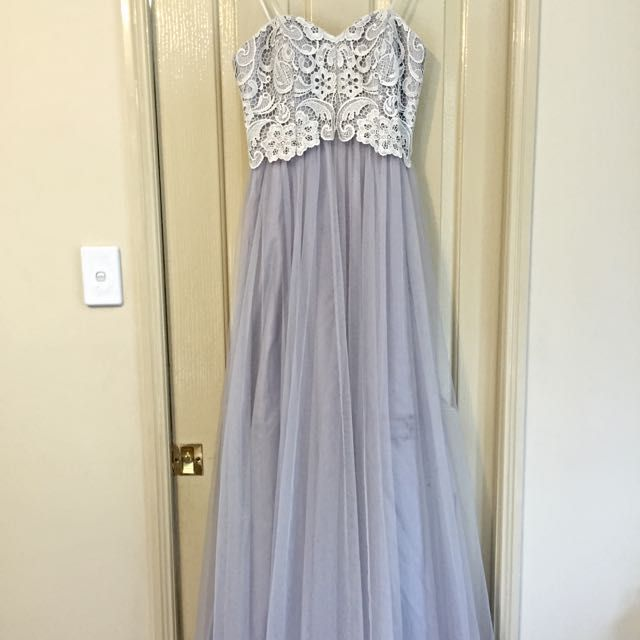 Stunning Formal Dress - 12