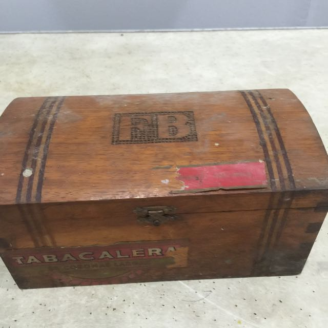 tabacalera wooden box