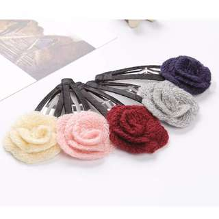 [PO] – Buy 4 Get 1 Assorted Hair Clips *Classic7*