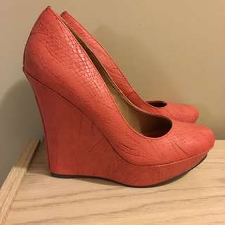 Michael Antonio Coral Wedges