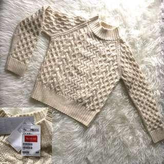 H&M Broken White Sweater