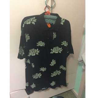 Urban Outfitters Size L Floral Polo