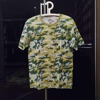 Uniqlo T Shirt