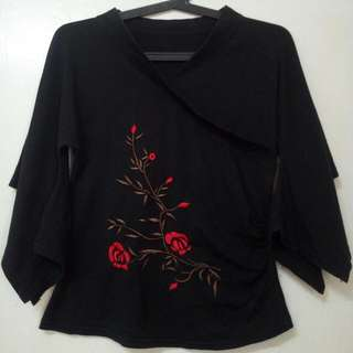 Chinese Style Top With Embroidery
