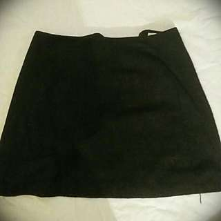 VINTAGE Black High Waisted Skirt