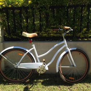Second Hand White And Brown Cruiser Bike