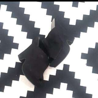 Wedges Black Fioni