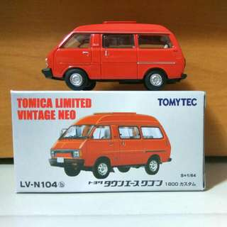 Tomica Limited Vintage LV-N104b Toyota Townace Wagon