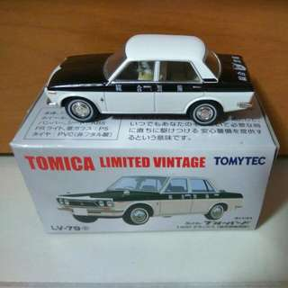 Tomica Limited Vintage LV-79 Datsun Bluebird Security Car