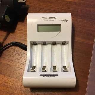 PW6778 液晶顯示器 急速充電器 電池 PRO-WATT QUICK CHARGE