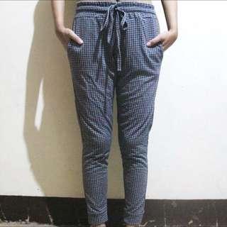 Grid Joggers / Jogging Pants