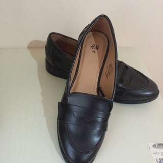hnm loafers