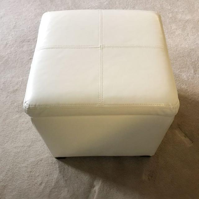 2 Pcs Ottomans Storage Cubes