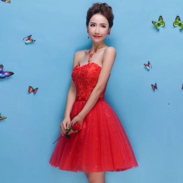 紅色短禮服