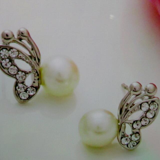 韓版蝴蝶珍珠耳環(飾品出清滿300免運費)