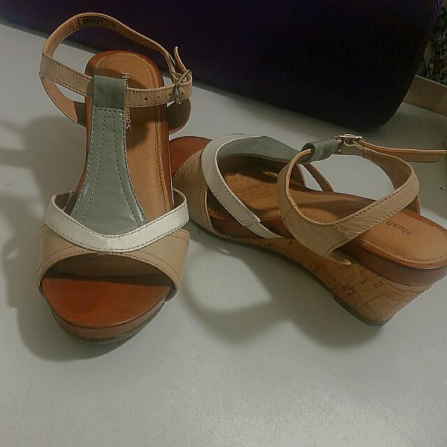 Barely Used Hush Puppies Sandals