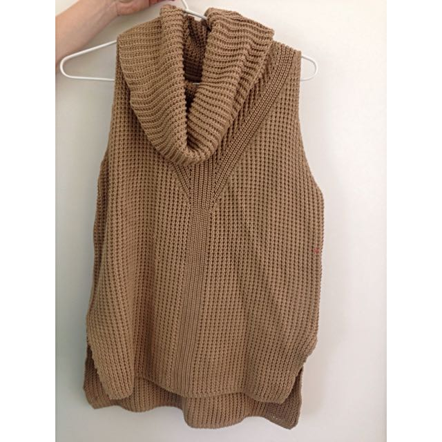 Brown Knitted Turtle Neck Top Size M