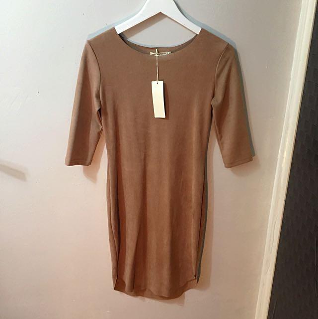 Caramel Body con dress