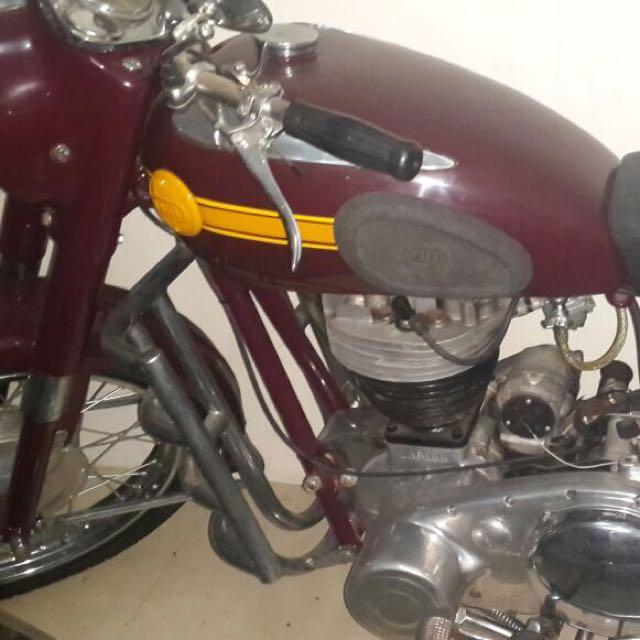 Dijual Macam2 Motor Antik