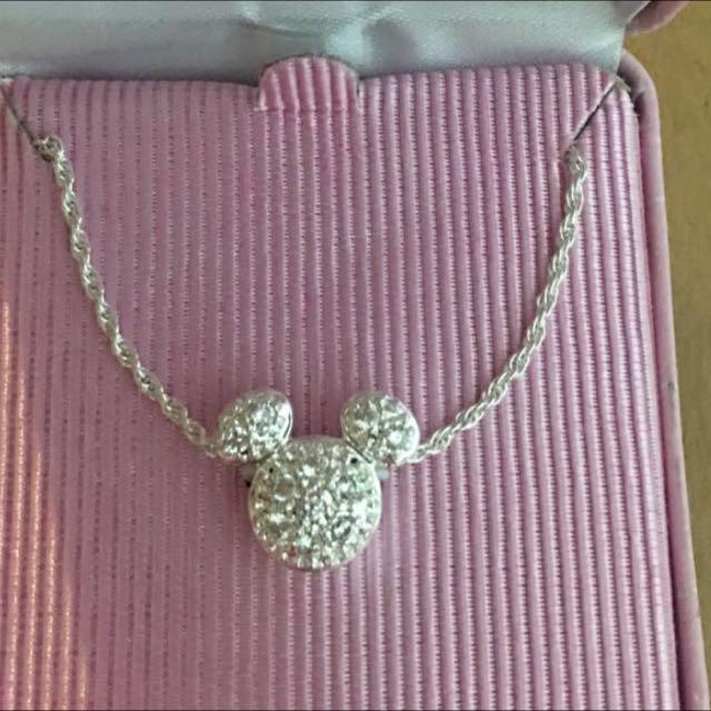 (全新)正品~只有一個~香港DISNEY樂園購買限量米奇頭鑲鑽墜飾含錬子整組!港幣價:$1780約台幣$750