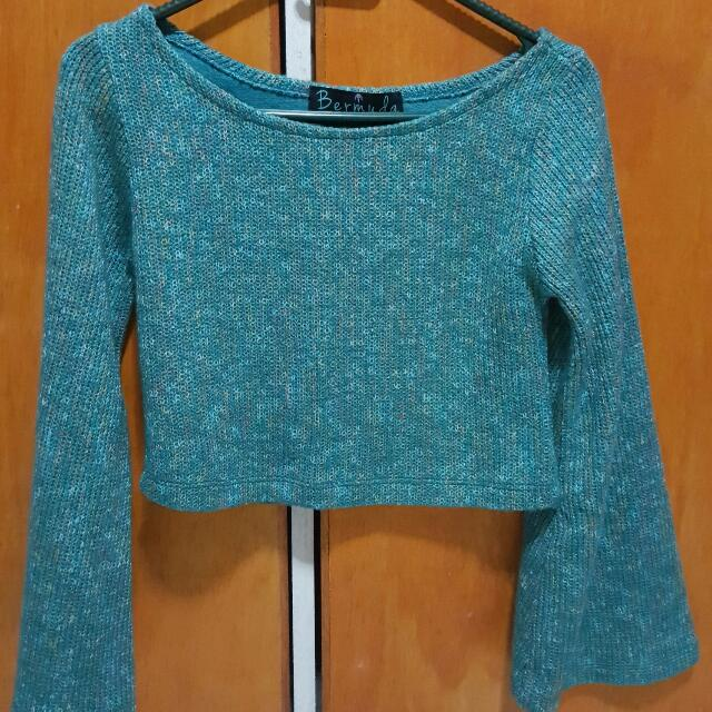 Knitted w/bell sleeves Midrib Top