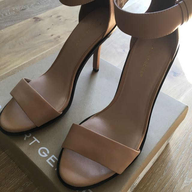 Kurt Geiger Nude Leather Ankle Strap High Heels Size AU 9/ EU 40