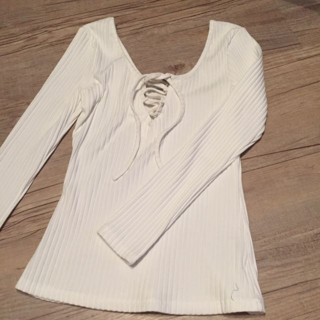 Long Sleeves Tie Front Top