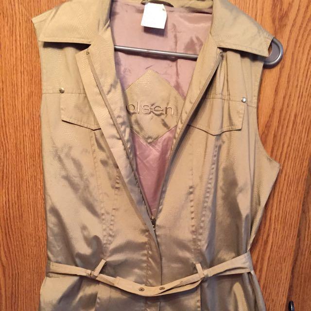 Olsen Vest Size 8