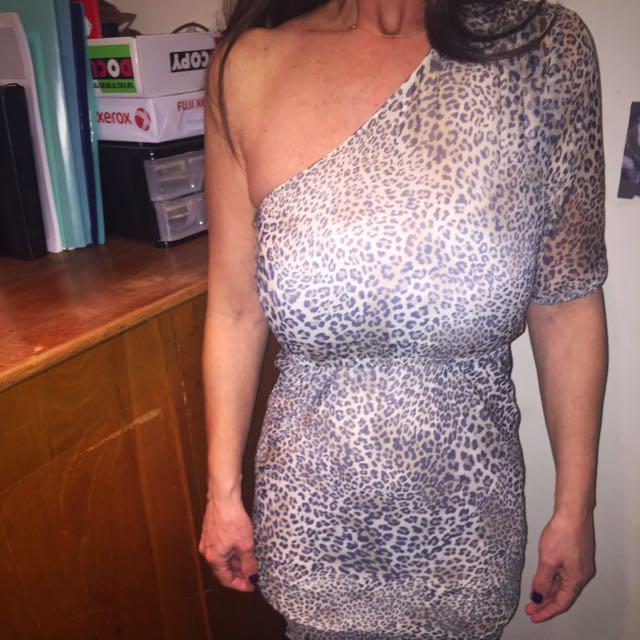 Satch Dress 100% Silk Size 8
