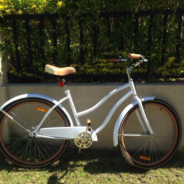 Second Hand White And Brown Cruiser Bike