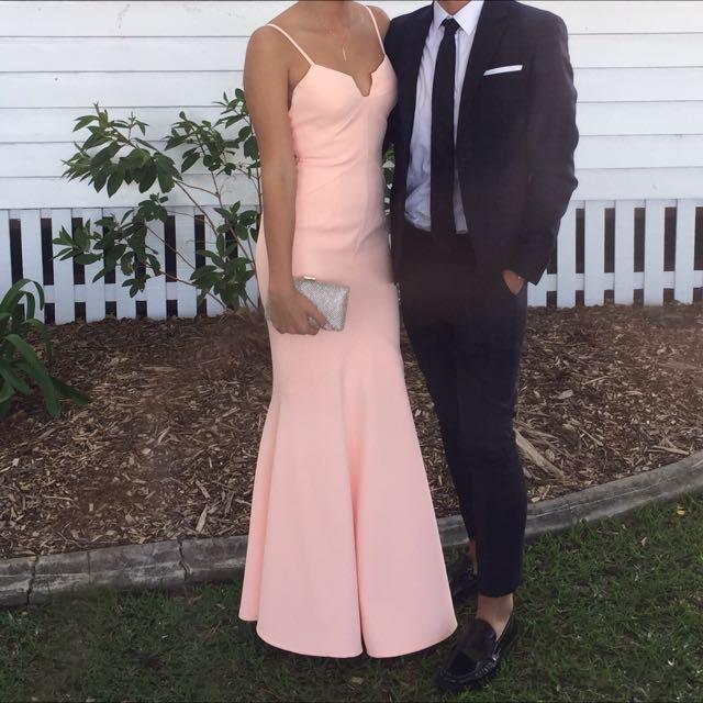 Sheike Sz 10 Peach Formal Dress