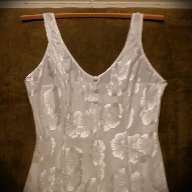 Silky Playsuit/nightwear Size10