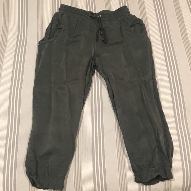 Sports girl Silk 3/4 Khaki Pants