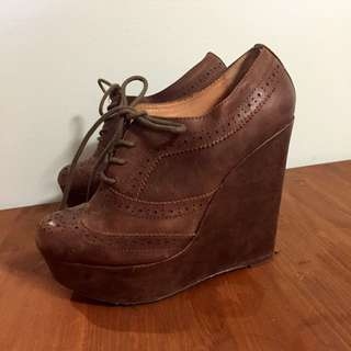 Aldo Wedges Size 6.5