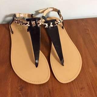 Flat Sandals Size 8