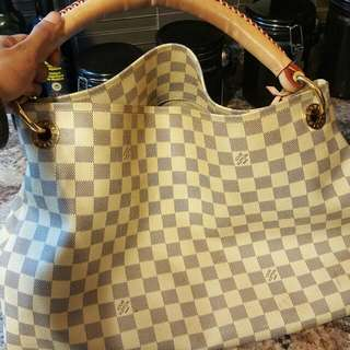 Lv Purse AAA Replica