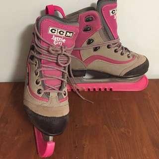 CCM Jamie Girl Skates Size 2